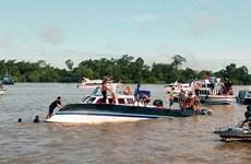 Indonésie : 13 morts dans le chavirement d'un bateau