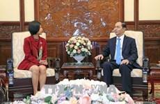 Le président Tran Dai Quang reçoit les ambassadrices canadienne et belge