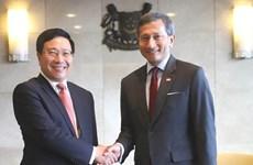 Le partenariat stratégique Vietnam - Singapour connaît un développement heureux
