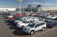 Afflux de voitures à petits prix thaïlandaises et indonésiennes au Vietnam