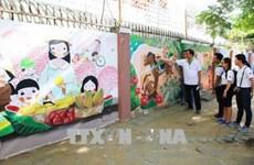 """Da Nang : Inauguration du projet de fresques murales intitulé """"Illuminez votre vie"""""""