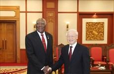 Le leader du PCV affirme la promotion des relations spéciales Vietnam-Cuba