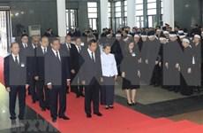 Des délégations étrangères rendent hommage au président Trân Dai Quang