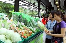 Près de 80% des magasins de fruits à Hanoi répondent aux normes de sécurité