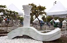 Clôture du camp international de création de sculptures de HCM-Ville
