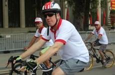 Une promenade à vélo pour les amis internationaux