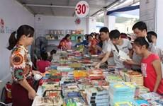 Bientôt le Salon du livre de Hanoi 2015