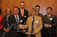 Coopération vietnamo-australienne dans la formation aux sciences et technologies