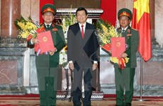 Deux hauts responsables promus au grade de général d'armée