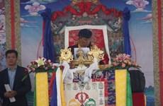 Sa Sainteté Gyalwang Drukpa prie pour la paix à Tay Ninh