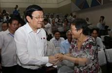 Truong Tan Sang à la rencontre des électeurs de Ho Chi Minh-Ville