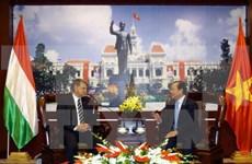 Ho Chi Minh-Ville souhaite resserrer la coopération avec Budapest