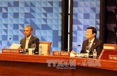 Truong Tan Sang achève sa participation au 23ème sommet de l'APEC
