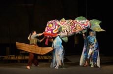 Le conte du pêcheur et du petit poisson présenté par des artistes vietnamiens et allemands