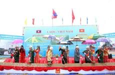 Le Vietnam aide le Laos dans la formation des gardes-frontières