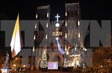 Hanoi et HCM-Ville célèbrent Noël dans la liesse