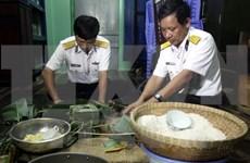 Tet traditionnel : visite aux soldats de la plate-forme DK1