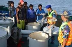 Le vice-PM Nguyên Xuân Phuc veut sévir contre la contrebande de carburants en mer