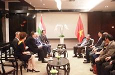 Vietnam et Hongrie promeuvent la coopération juridique