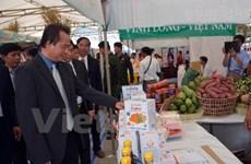 Le Vietnam participe à la foire commerciale Kampong Speu 2016