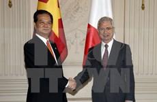 Claude Bartolone au Vietnam, visite qui contribue au partenariat stratégique franco-vietnamien