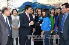 Le chef de l'Etat visite une des premières écoles non publiques du pays
