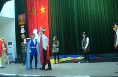 Des étudiants enthousiastes au théâtre francophone belge