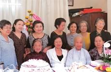 Rencontre avec Ngô Thi Hai, une aide-soignante centenaire
