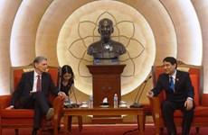 Le Royaume-Uni soutient le Vietnam en matière de politiques de la jeunesse