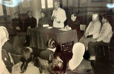 Le président Ho Chi Minh et les élections législatives