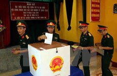 Les électeurs du district insulaire de Truong Sa vont aux urnes