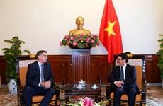 Le vice-Premier ministre Pham Binh Minh reçoit l'ambassadeur australien