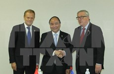 Le PM Nguyen Xuan Phuc rencontre des dirigeants de plusieurs pays au Japon