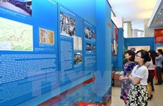 Célébration du départ du président Ho Chi Minh pour le salut national