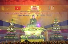 La statue du Bouddha de Jade pour la paix universelle fait étape à Da Nang