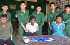 Trois Laotiens arrêtés pour trafic de drogue à Quang Tri
