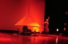 Le spectacle Nón pour la première fois sur scène à Hanoi