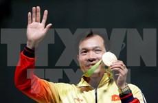 Les médias internationaux louent la victoire du tireur Hoang Xuan Vinh aux JO