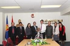 Le président du FPV de Hanoi en visite en Nouvelle-Zélande