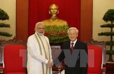Le secrétaire général Nguyên Phu Trong reçoit le Premier ministre indien Narendra Modi
