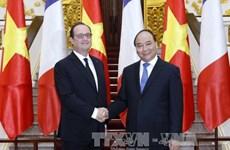Entrevue Nguyen Xuan Phuc et François Hollande