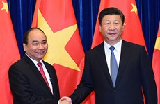 La visite du PM Nguyên Xuân Phuc donne un nouvel élan aux liens Vietnam-Chine