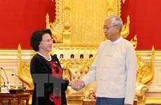 La présidente de l'AN du Vietnam rencontre le président du Myanmar