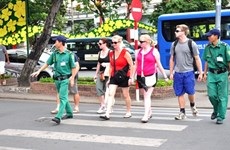 Dà Nang crée un groupe de réaction rapide pour renforcer la sécurité aux touristes