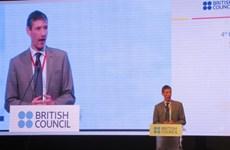 """Le Royaume-Uni """"prêt"""" à coopérer avec le Vietnam sur l'enseignement de l'anglais"""