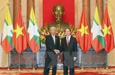 Le président birman Htin Kyaw termine sa visite au Vietnam