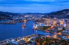 Ho Chi Minh-Ville et Nagasaki accélèrent l'échange d'étudiants