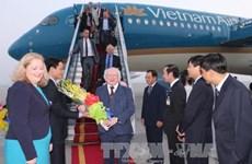 Le président irlandais entame sa visite d'État au Vietnam