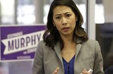 Première femme Américaine d'origine vietnamienne élue à la Chambre des représentants des États-Unis