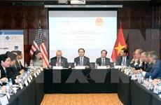 APEC 2017: Tran Dai Quang rencontre le vice-président indonésien et des sociétés américaines